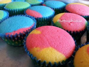 rainbow_cupcake1