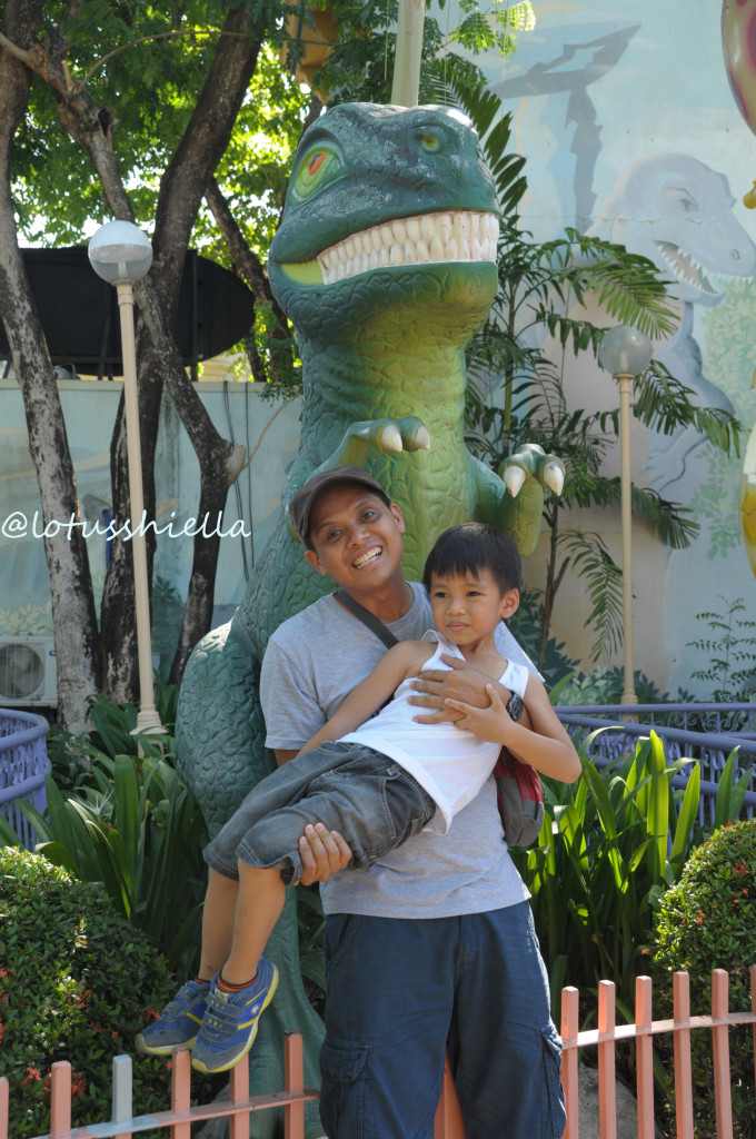 EnchantedKingdom_Dinosaur