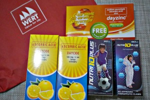 Each pouch contains 2 bottles of Nutri10PlusSyrup, 2 bottles of DayCee Vitamin C and Daycee chewables