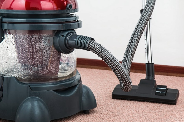 pexel-carpet cleaning